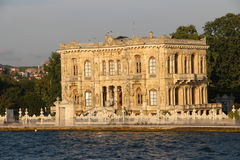 Kucuksu-Pavillon in Istanbul die Türkei Stockfotos