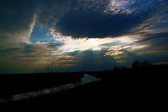 Kudma-Fluss, Druzhny-Dorf, Nizhny Novgorod-Region, Russland, Fr?hling lizenzfreies stockbild
