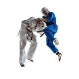Kudo-Kämpfer sind das Kämpfen lokalisiert lizenzfreies stockfoto