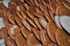 Kue Apem Kuchen machten vom Reismehl und haben eine Bienenwabe wie Beschaffenheit lizenzfreies stockbild