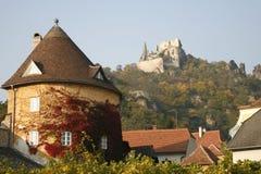 Kuenringer Castle ruins overlooking D�rnstein Royalty Free Stock Image