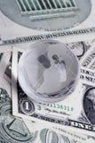 Kugel auf Dollar Stockbilder