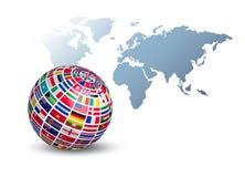 Kugel gemacht aus Flaggen heraus auf einem Weltkartehintergrund stock abbildung