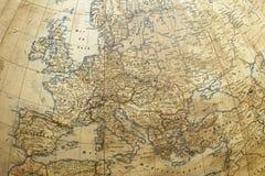 Kugel mit Europa-Karte Stockfotografie