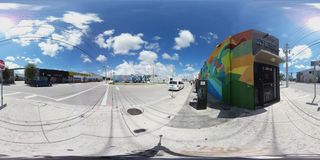 360 kugelförmige Kunstwände bei Wynwood Miami Stockbild