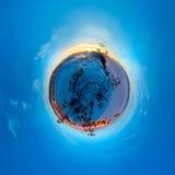 Kugelförmiges Panorama 360 180 Grad Kapmedizinmann auf der Insel von Stockbilder