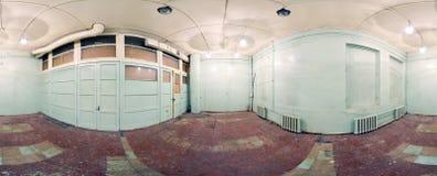 Kugelförmiges Panoramainnere verließ schmutzigen Raum im Gebäude 360 voll durch 180 Grad in der equirectangular Projektion Stockfotografie