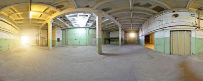 Kugelförmiges verlassenes Gebäude des Panoramas Innere 360 voll durch 180 Grad in der equirectangular Projektion Stockfotografie