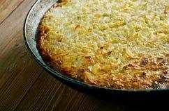 Kugelis -被烘烤的土豆布丁 免版税库存照片