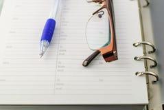 Kugelschreiber auf Papier Stockfoto