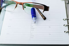 Kugelschreiber auf Papier Stockbild