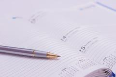 Kugelschreiber und Molkerei Lizenzfreie Stockbilder
