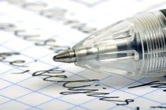 Kugelschreiber und Zeichen stockbild