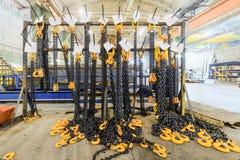 Kugge med chain remmar för ny last Royaltyfri Bild