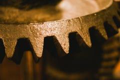 Kugghjul är maskinerna som flyttar förhastade påfyllningar royaltyfri foto