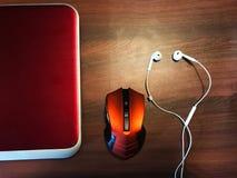 Kugghjul på skrivbordet Arkivfoton