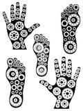 Kugghjulsamling - mänsklig hand och fot Royaltyfri Bild