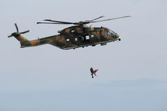 Kuguarhelikoptern recue Arkivbilder