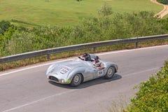Kuiper T33 Jaguar (1954) in Mille Miglia 2014 Royalty-vrije Stock Foto's
