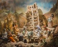 Kukła tematu wierza Babel zdjęcia royalty free