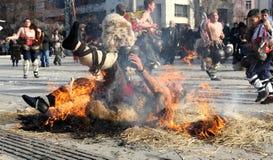 Kukeri节日Surva在佩尔尼克,保加利亚 库存照片