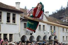 Kukeri en Shiroka Laka, Bulgaria Fotos de archivo libres de regalías