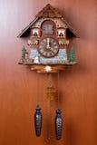 Kukułka zegar z ptaszyną Obrazy Stock