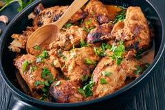 Kuku Paka, Kenyan Chicken cuit en sauce à noix de coco photo libre de droits