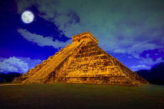 Kukulcan at Chichen Itza at full moon. The pyramid of Kukulcan at Chichen Itza at full moon Royalty Free Stock Photography