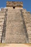 Kukulcan mesoamerican moment-pyramid på Chichen Itza Arkivbilder