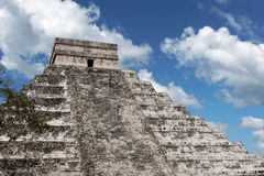 kukulcan pyramid Fotografering för Bildbyråer