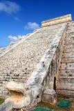 Kukulcan Schlange EL Castillo MayaChichen Itza Stockfotografie