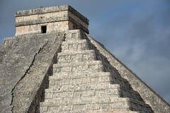 Kukulkan寺庙,金字塔在奇琴伊察,尤加坦,墨西哥 免版税库存照片
