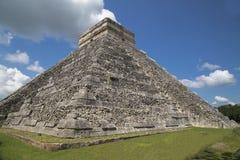 kukulkan pyramid Royaltyfria Bilder