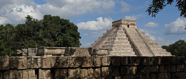 Kukulkan pyramid , Chichen Itza , Mexico Royalty Free Stock Image