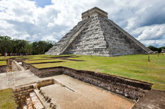 Kukulkan Pyramid in Chichen Itza on the Yucatan, Mexico Royalty Free Stock Images