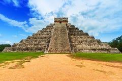 Kukulkan pyramid i Mexico Royaltyfri Bild