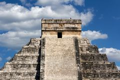 Kukulkan Pyramid Top at Chichen Itza Royalty Free Stock Photos