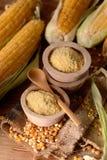 Kukurydzana mąka w pucharze obrazy royalty free