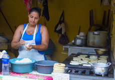 Kukurydzanego tortilla ciasta fabryka Zdjęcia Royalty Free