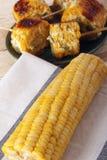 Kukurydzani cobs gotujący na grillu fotografia royalty free