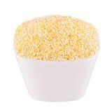 Kukurydzani pyły w białym pucharze, zbliżenie, odizolowywający Szablon dla menu, pokrywa, reklamuje obraz royalty free