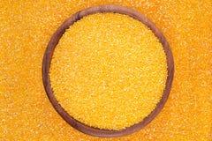 Kukurydzani pyły w drewnianym pucharze Fotografia Stock