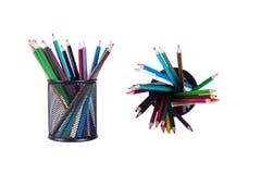 Kulör ask för blyertspennor med blyerts Royaltyfri Foto