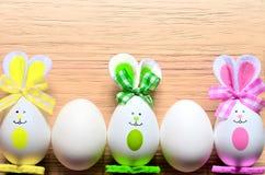 Kulör kanin för easter ägg lyckliga easter Royaltyfri Fotografi