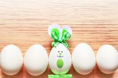 Kulör kanin för easter ägg lyckliga easter Royaltyfri Bild