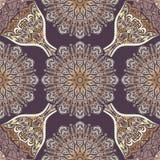 Kulör modell med dekorativa symmetriska prydnader Royaltyfri Foto