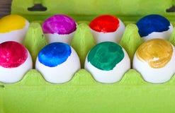 Kulöra ägg för serie Arkivfoto