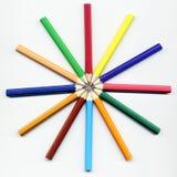 kulöra blyertspennor för cirkel fotografering för bildbyråer