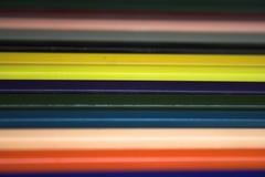 kulöra blyertspennor för konst Arkivbilder